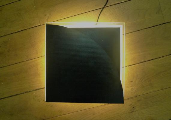 Jean-Lucien Guillaume : MODUL'ART® pile on neon light